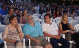 Ţarc special amenajat la festivalul de film pentru politicienii care nu dau 2 bani pe cinema