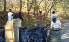 Culmea nesimțirii: gălățenii nu mai aruncă gunoiul sub preș ci direct în pădure!