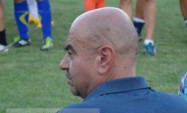 Mihai Manoliu - din profil zici că-i Scooby Doo (foto)