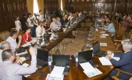 Municipalitatea a organizat o gală de box politic pe banii profesorilor