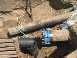 Lucrările de modernizare la sistemul de apă de pe strada Traian se apropie de final. Urmează avariile!