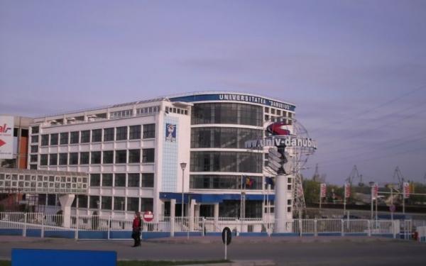Universitatea Danubius te pregătește pentru a deveni un economist de succes (P)