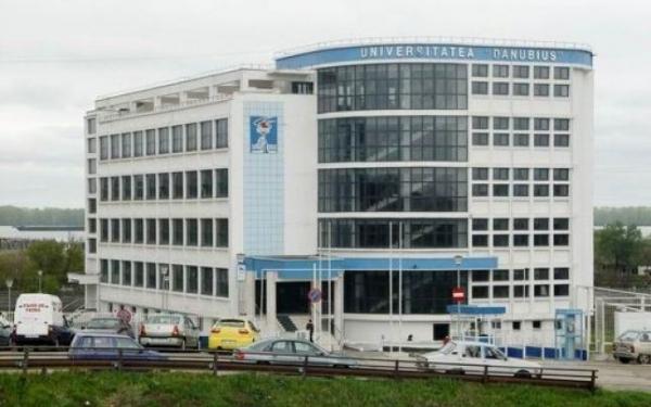 Programe postuniversitare în domeniul Drept, la Danubius