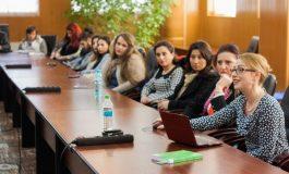 """Lectorul universitar Daniela Popa Tănase și-a lansat cartea """"Autoreglementarea media"""""""