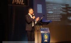 Stan și Pucheanu vin cu scandalul, Ciumacenco vine cu proiecte