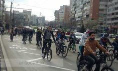 Sătui de dileala autorităților, bicicliștii din Galați au organizat Marea Bicicleală