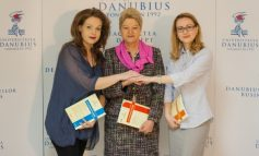 Senatul Universității Danubius a validat noii decani