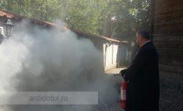 Impulsionați de Sfînta legislație, pompierii i-au întrebat pe preoți despre Cele 7 taine ale prevenirii incendiilor