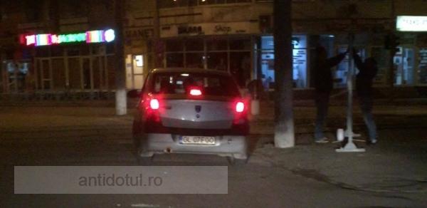 PNL îl acuză pe Ionuț Pucheanu că a făcut afișaj electoral folosindu-se de mașina Ecosal