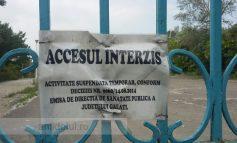 Interzis minorilor, nerecomandat adulților: vă arătăm plaja Dunărea în fundul urît și gol