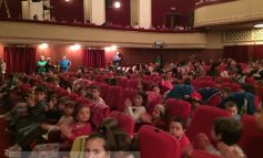 A început Festivalul Gulliver. Cei mai mici dintre cei mici sînt așteptați mîine și poimîine la teatru