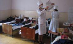 În sistemul medical, unii cer șpagă, alții oferă înjurături și palme