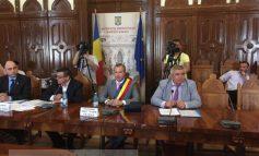 """Primarul Ionuț Pucheanu își începe mandatul cu o ședință """"de îndată"""""""