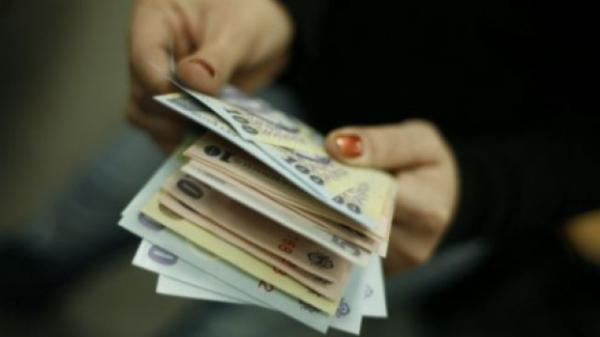 Nu-i glumă: cel mai fericit părinte din Galați are o indemnizație lunară de creșterea copilului de 27.000 euro