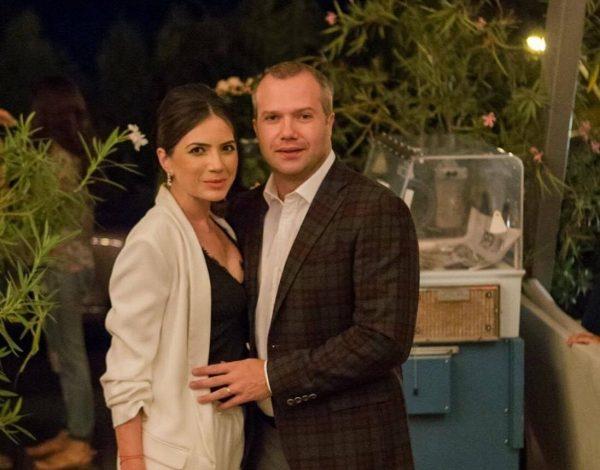 """Ionuț și Mirela Pucheanu pot fi """"închiriați"""" pentru o cină în oraș"""